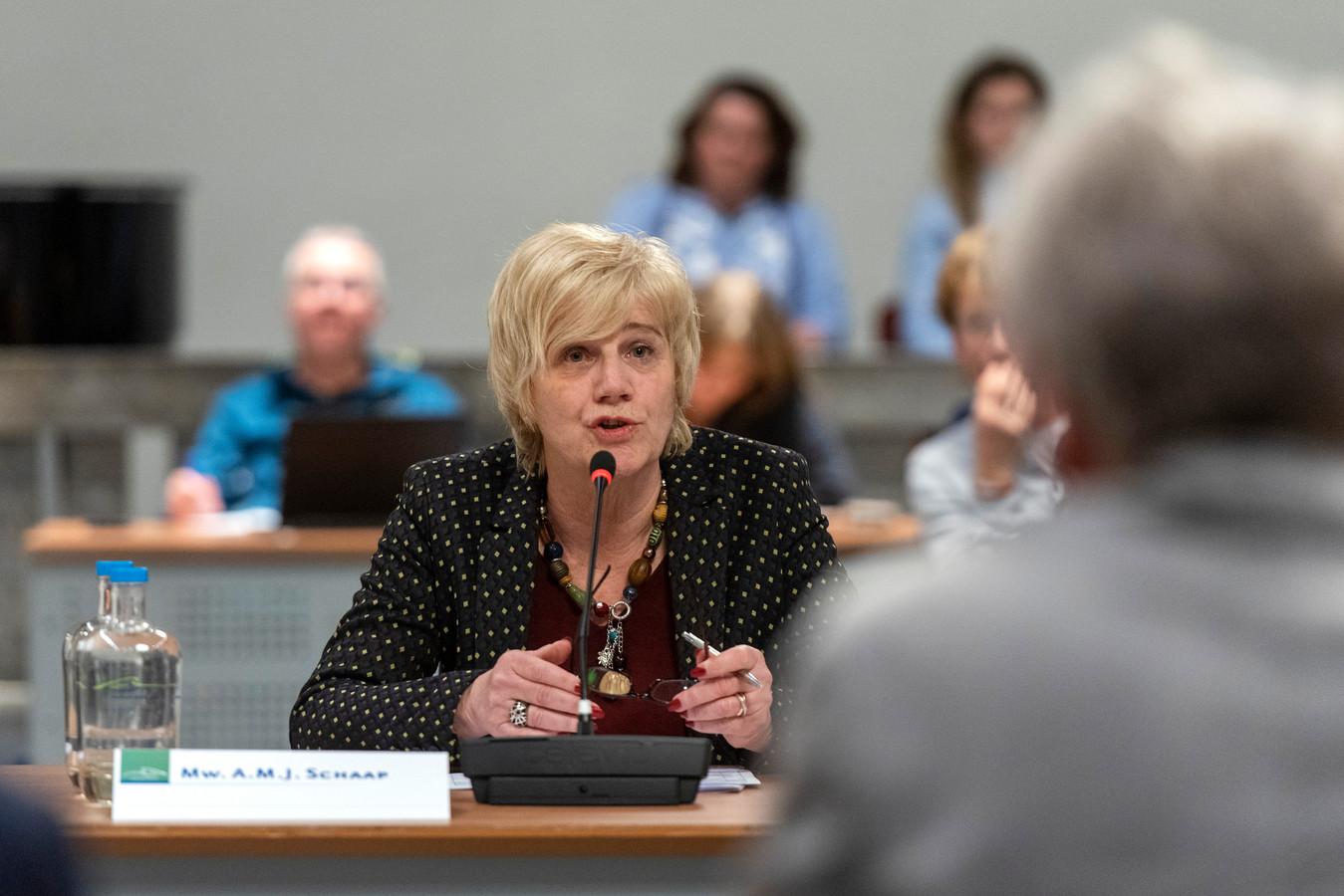 Burgemeester Agnes Schaap tijdens het verhoor door de Horsa-commissie eerder dit jaar. Foto: Gerard Burgers