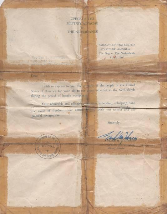 De bedankbrief voor Gijs Wijnveld van de militair attaché van d Amerikanen.