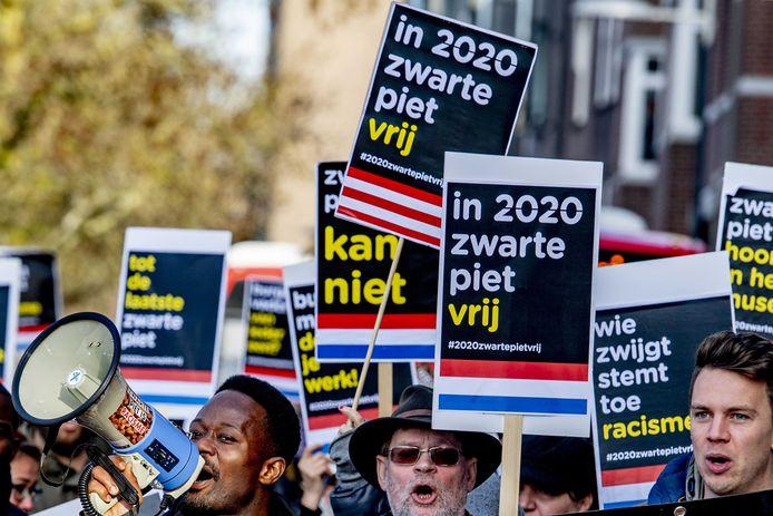 Een eerder protest van Kick Out Zwarte Piet in Den Bosch in 2019. Of de actiegroep naar Schijndel komt, is nog even de vraag.