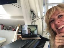 Claudia de Breij omhelst Bergse harmonie Concordia