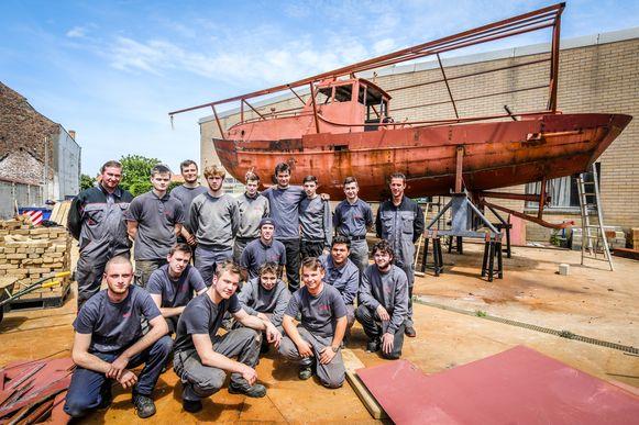 Deze leerlingen renoveerden de sleepboot uit 1955.