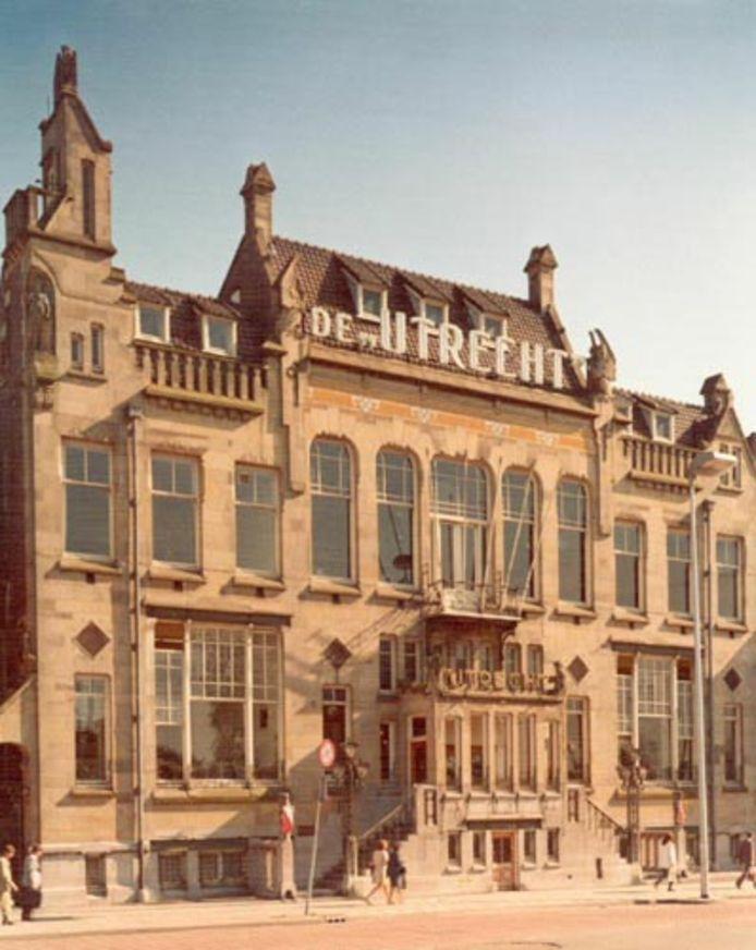 Het pand van levensverzekeringsmaatschappij De Utrecht werd in 1974 gesloopt. Om plaats te maken voor Hoog Catharijne.