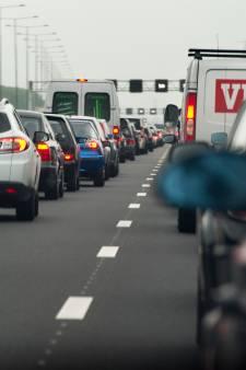 Flinke files op A27 en A28 door ongeluk bij knooppunt Lunetten