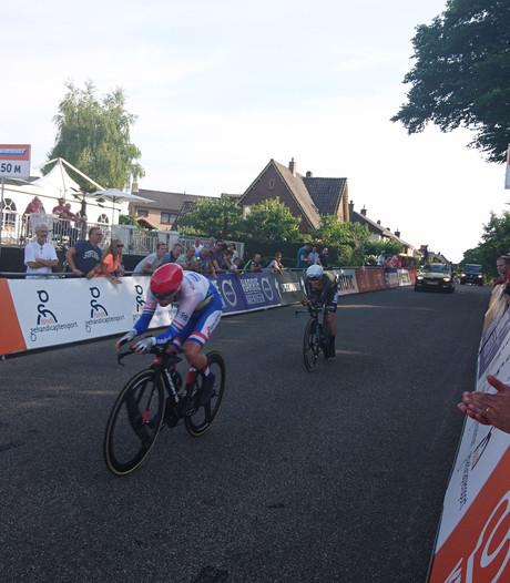 Dumoulin Nederlands kampioen tijdrijden, Grasman en Tijssen stellen teleur