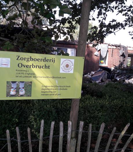 Tranen en geloof in doorstart na verwoestende brand zorgboerderij Slagharen