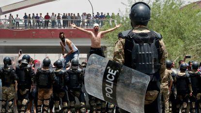 Politie drijft Iraakse manifestanten uiteen