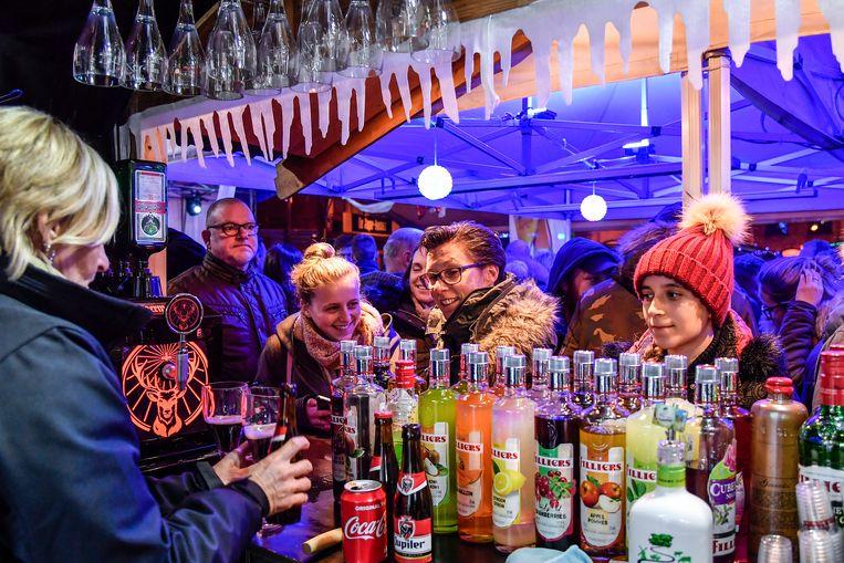 Aan kraampjes geen gebrek op de Kerstmarkt in Lebbeke.