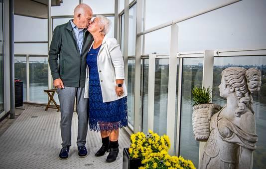 Na zestig jaar huwelijk noemt Michel van Breugel zijn vrouw Marry 'nog steeds een plaatje'.