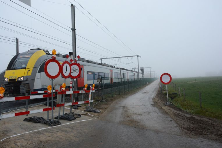 L059 05 Beveren -  Zwijndrecht (langs de lijn L59 - Fietssnelweg F4)  763?appId=2dc96dd3f167e919913d808324cbfeb2&quality=0