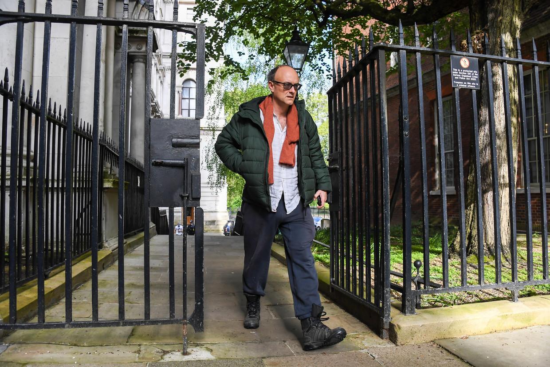 Dominic Cummings arriveert op 10 Downing Street. Beeld AP
