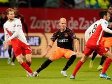 PSV geeft uit niet thuis en loopt enorme klap op