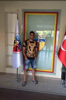 Türüc kijkt zijn ogen uit bij Turkse selectie