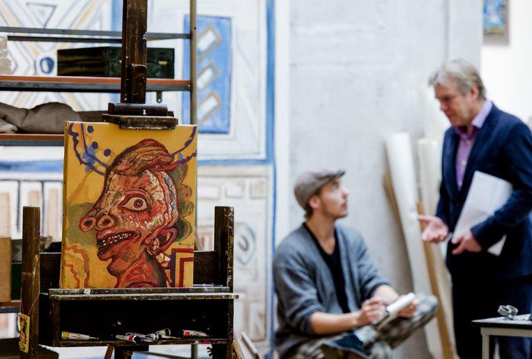 Het atelier van Lucebert is nagebouwd op de overzichtstentoonstelling van de dichter en schilder in Bergen. Beeld anp