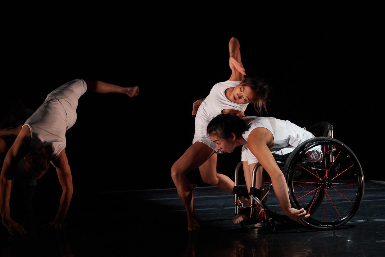 Scène uit 'Radical Impact' van choreograaf Marc Brew, de balletvoorstelling die te zien is tijdens het Holland Dance Festival.