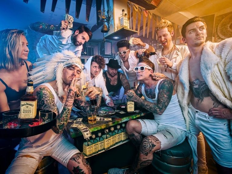Op donderdag 30 juli opent de Nederlandse coverband 'The Dirty Daddies' Muziek aan het Kasteel.