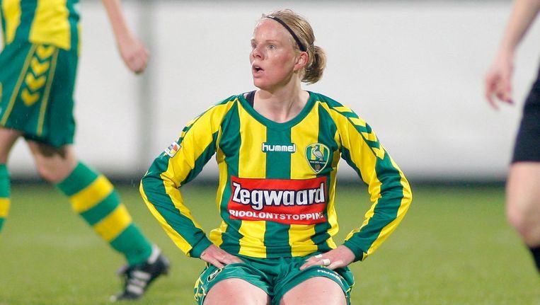 Voetbalster Sylvia Nooij is op 32-jarige leeftijd overleden. Beeld pro shots
