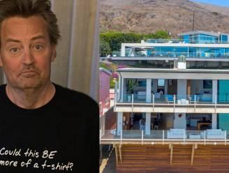 BINNENKIJKEN. Matthew Perry verkoopt zijn Malibu-paleis voor een dikke 13 miljoen dollar