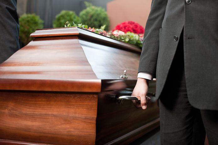 Bij de begrafenisondernemers blijft het momenteel rustig.