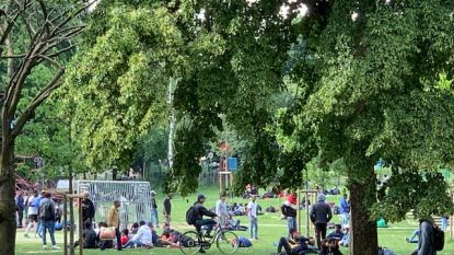 After Festival Recup verdeelt verlaten festivalspullen onder daklozen