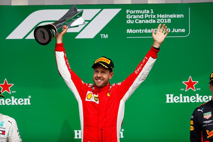 Sebastian Vettel viert zijn zege in de Grand Prix van Canada.