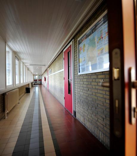 Tweedaagse onderwijsstaking treft nu ook voortgezet onderwijs in regio Zwolle
