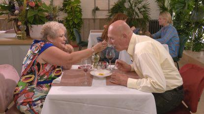 """Corona steekt ook deelnemers van 'First Dates' stokken in de wielen: """"Nieuwe afspraakjes? Dat gaat niet meer, hé"""""""