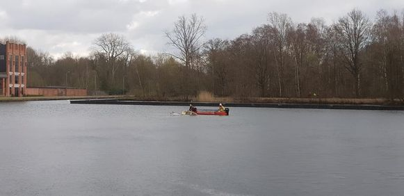 Het bootje kapseisde  op het kanaal Dessel-Schoten.