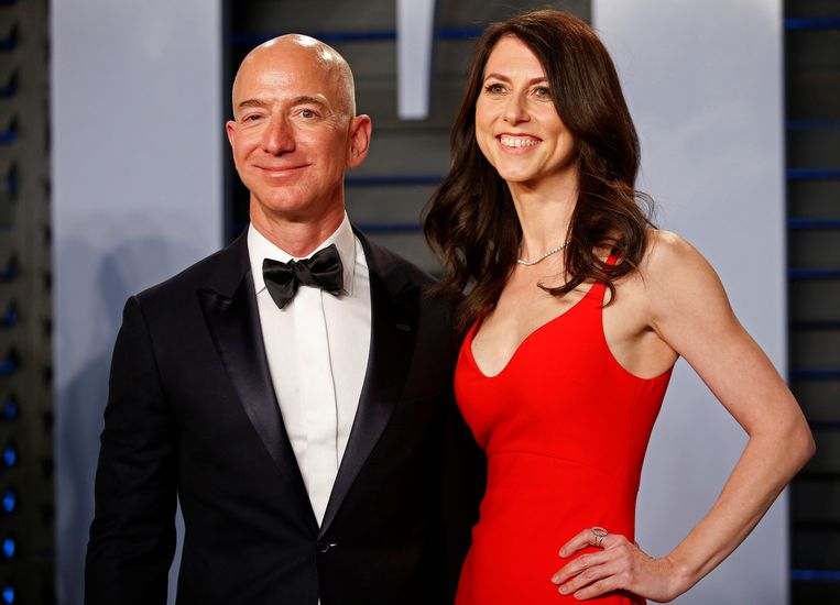 Amazon-baas Jeff Bezos en MacKenzie Bezos.