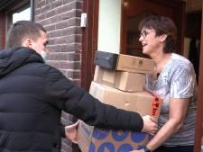 Kristel ontvangt pakketjes voor de hele wijk: 'Zo blijf je toch belangrijk in de maatschappij'