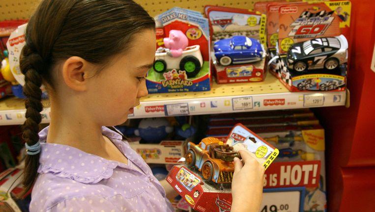 Schadelijk speelgoed van Mattel, brandgevaarlijke wasdrogers van Siemens en gehaktballetjes van IKEA waar mogelijke paardenvlees in zat, leidden tot ophef. Beeld AFP
