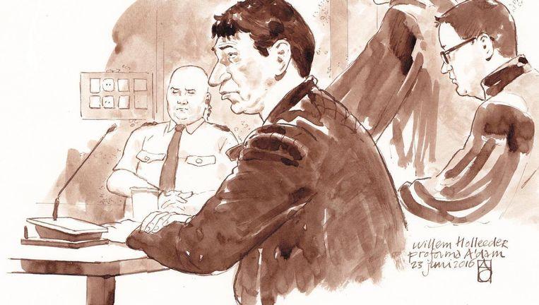 Willem Holleeder op een rechtbanktekening van juni vorig jaar. Beeld ANP
