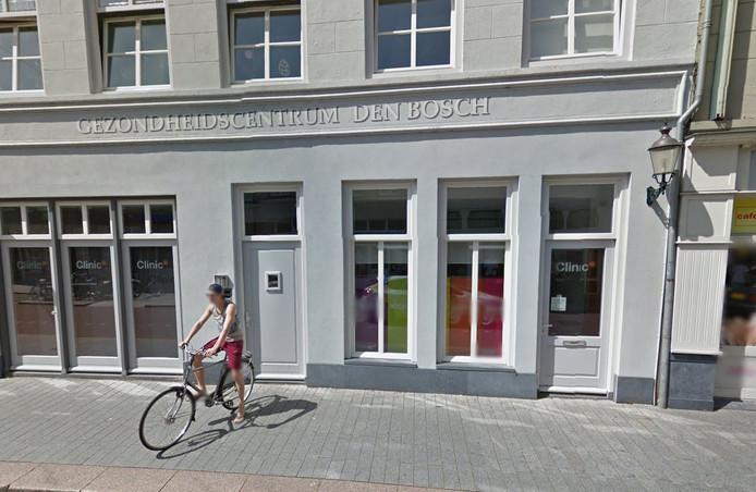 De vestiging van Clinic63 aan de Orthenstraat.