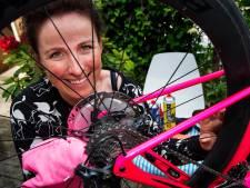 Marijn de Vries klimt uit coronadal en wil racefietstoeristen laten zien hoe mooi de omgeving van Zwolle is