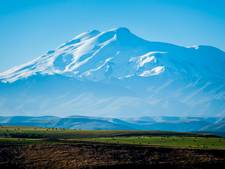 William en Maarten op de top van de hoogste berg van Europa