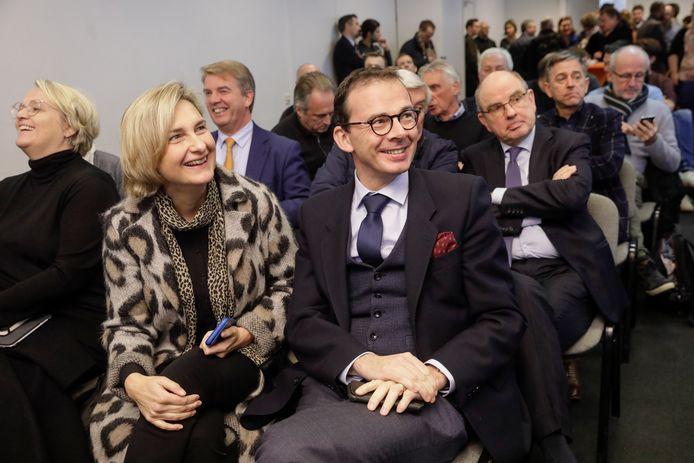 Hilde Crevits et le président (démissionnaire) du CD&V Wouter Beke