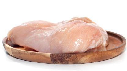 Pluimveeslachterij roept kippenboomstammetjes Carrefour terug wegens salmonella
