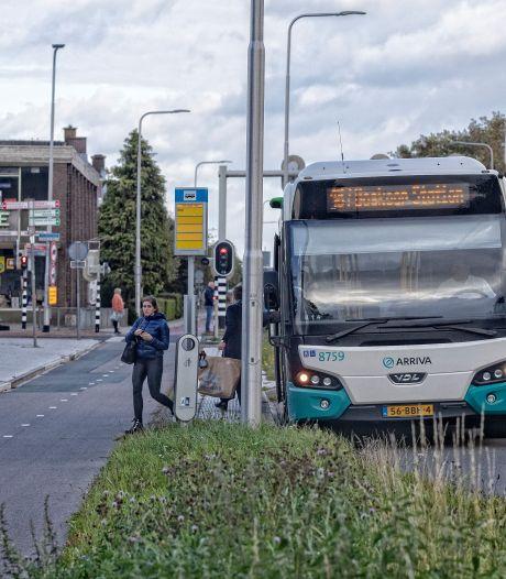 Streekbus minder vaak door Hazerswoude, Alphen onderzoekt kansen voor buurtbus