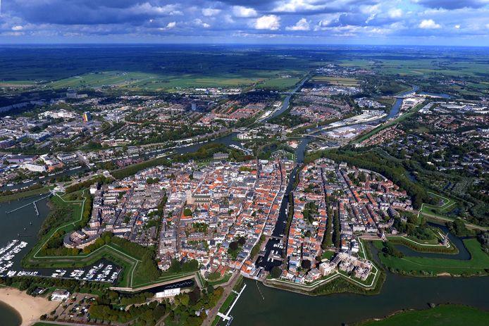 Luchtfoto van de binnenstad van Gorinchem.