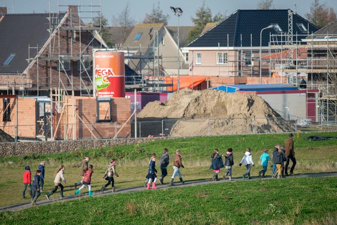 Nieuwbouw van 11 woningen aan het Riekusweel in Bruinisse in 2014.