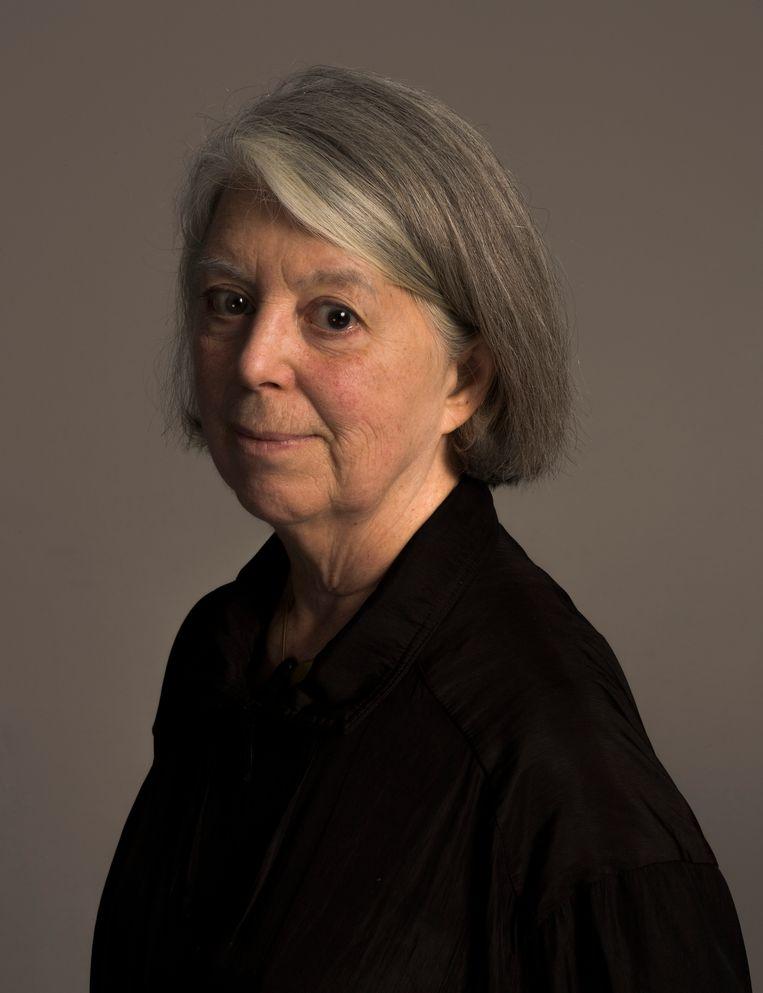 Sandra Phillips (74) is schrijver en tentoonstellingmaker. De Amerikaanse, gespecialiseerd in fotografie, werkte lang voor het San Francisco Museum of Modern Art en is nu curator van de tentoonstelling De magie van de camera obscura, met werk van fotograaf Richard Learoyd, die nog het hele jaar is te zien in Fotomuseum Den Haag. Beeld Koos Breukel