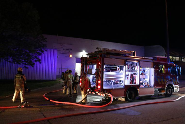 De brandweer was snel ter plaatse om de machine te blussen.