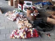 Boef heeft vreemde verzameling van gestolen goederen in huis: sta-tafel, ventilator, aardappelen, stekker