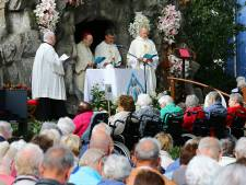 Heilige Clara laat de zon bij Lourdesgrot Zevenhoven schijnen ter ere van Maria
