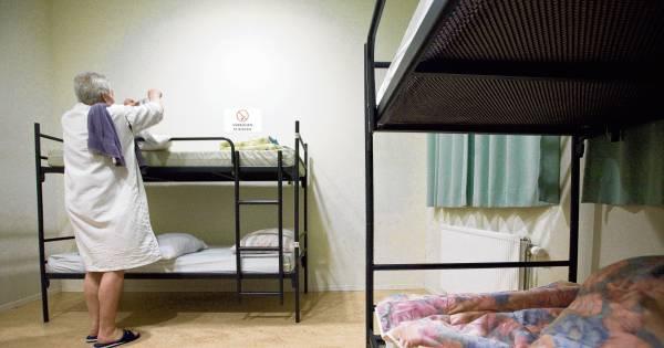 Bedden Den Haag.Daklozen Barsten In Huilen Uit Als De Nachtopvang Geen Bed