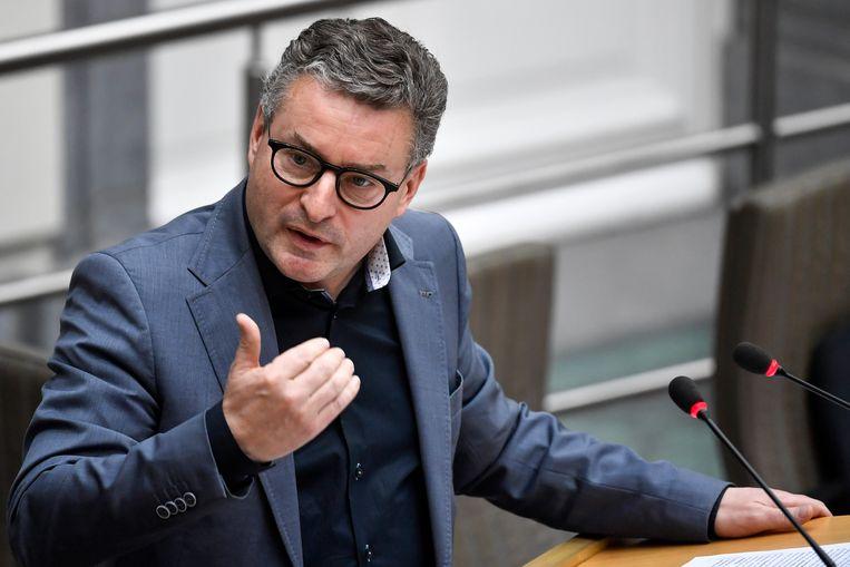 Vlaams minister van Omgeving Koen Van den Heuvel (CD&V) is de opvolger van Joke Schauvliege.