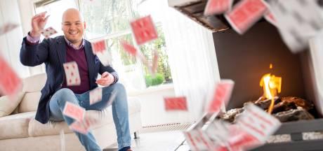 Goochelaar Michel laat zelfs dure trouwringen verdwijnen: 'Zweet brak me uit toen de diamant ontbrak'
