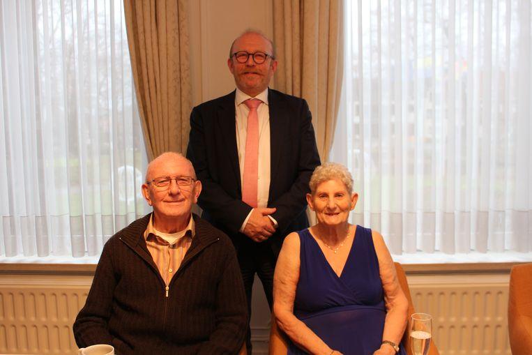 François en Maria werden ontvangen door burgemeester Rik Frans.