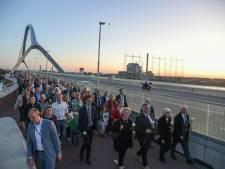 Volle bak bij bijzondere Sunset March in Nijmegen