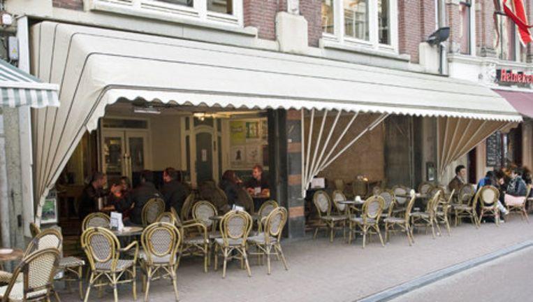 Cafe Dante aan de Spuistraat. Foto Bart Koetsier Beeld
