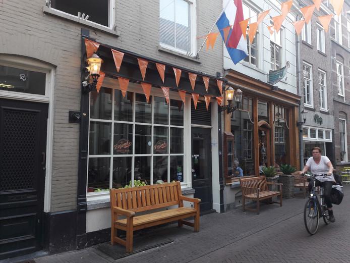 Legends Sports Bar in de Snellestraat.